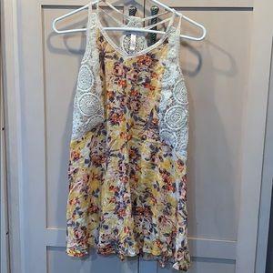 💐5/25 Lace Razorback floral mini dress target